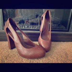 DSV - Diane Von Furstenberg Leather Block Heel
